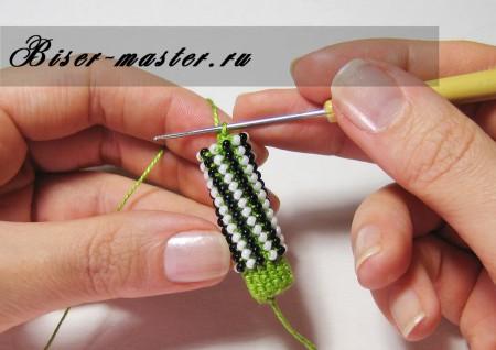 Как связать крючком жгут из бисера пошаговое фото